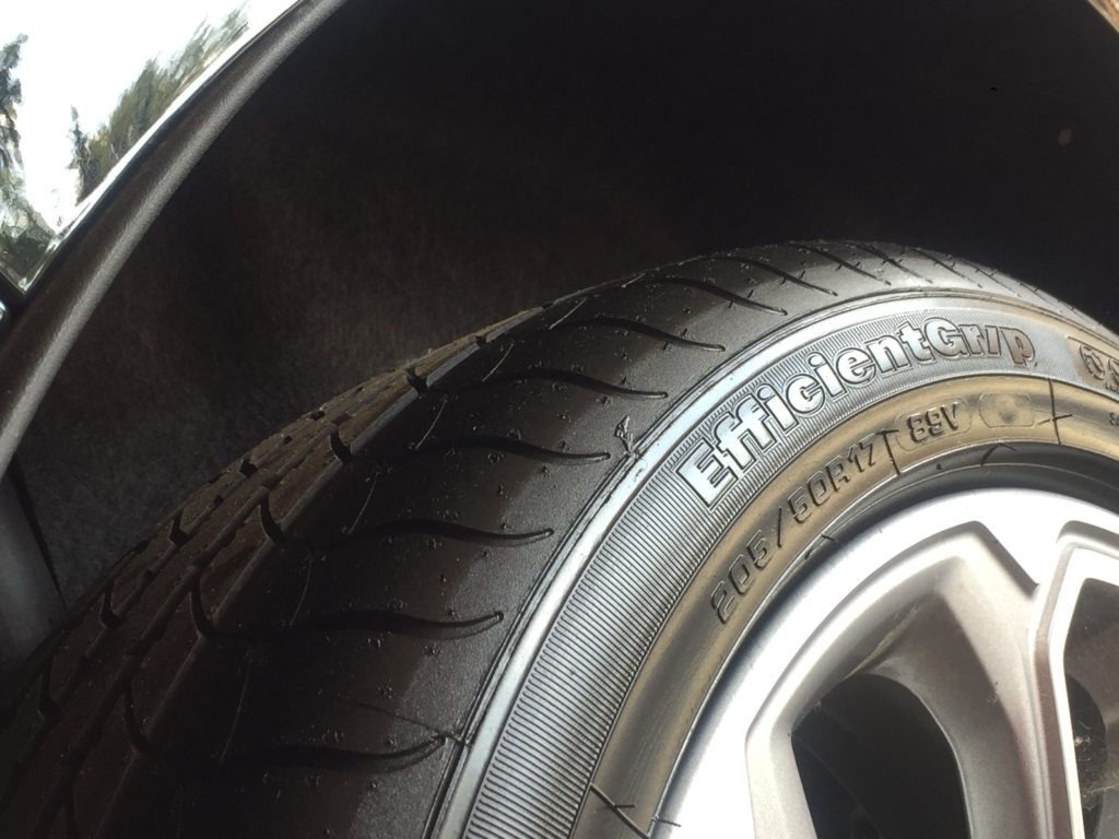 How Do I Inflate My Tyre With The Inflation Kit?