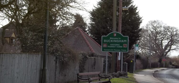 What to do when waiting for my car serviced in Buckingham?