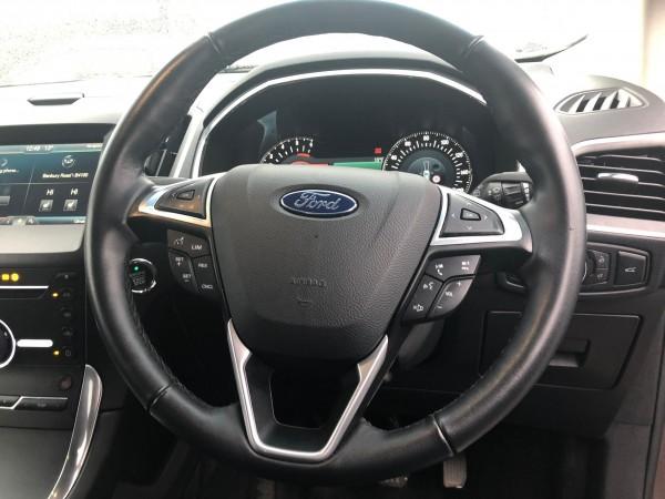 Ford Edge Titanium