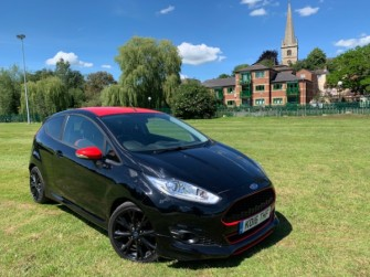 Ford , Fiesta  , Black & Red Edition