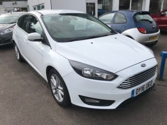 FORD Focus Zetec 1.0 Ecoboost 125ps